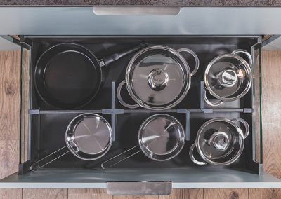 Drawer dividers in Anthracite