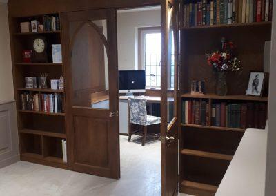 Oak Wall with Shelving & Glazed Doors